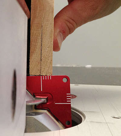Set up perfect-fitting lock mitre joints in minutes, without frustration or wasted wood