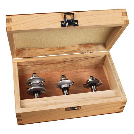 Ultimate glass door router bit sets come with a wooden storage box